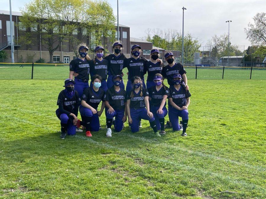 Garfield%27s+softball+team%2C+photo+courtesy+of+Ken+Simpson+